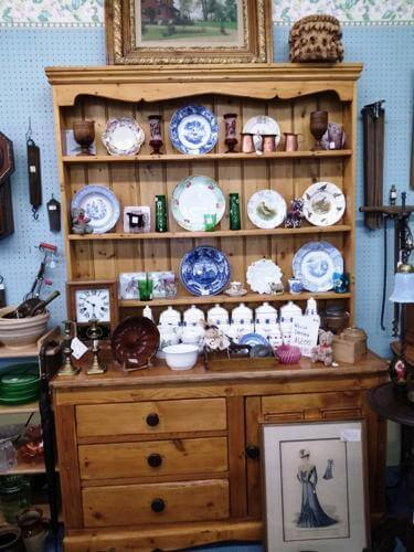 Ohio Antiques - Vintage Hutch, Plates, Copper Molds, Pictures, Candlesticks at Aunties Antique Mall